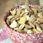 Crock-Pot Cinnamon Apple Chex Mix