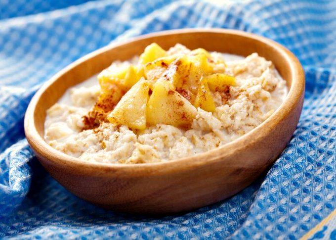 Crock-Pot Overnight Apple Oatmeal