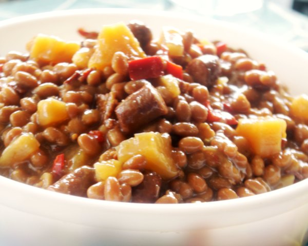 Crock-Pot Aloha Beans