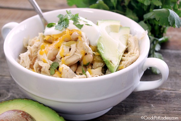 Crock-Pot White Bean Chicken Chili | CrockPotLadies.com