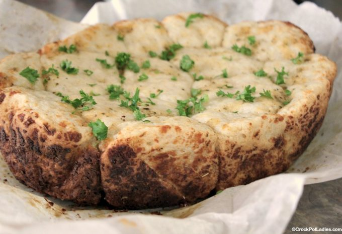 Crock-Pot Cheesy Garlic Pull Apart Bread